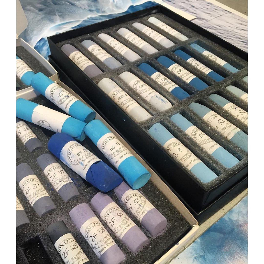Boîte de pastels © Zaria Forman