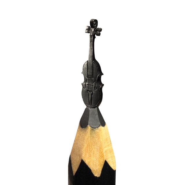 Violon © Salavat Fridai