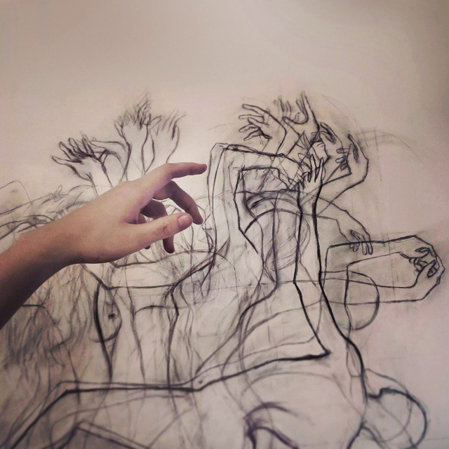 46 mains © Zarah Abraham