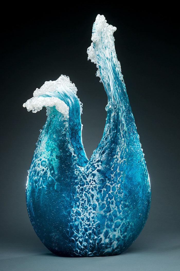 Vague et océan, verre sculpté © Blaker – DeSomma