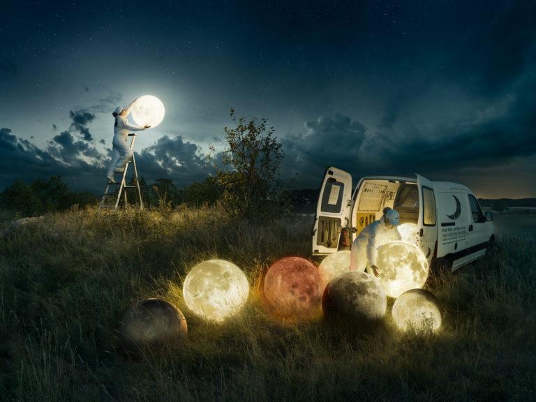 Full Moon Service - Erik Johansson